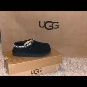 Brand new UGG Kids Tasman